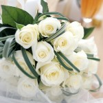 CLIVE BOZZARD-HILL PHOTOGRAPHY, LONDON-white roses-wedding posey-bridal flowers